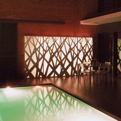 Utecomfort AS tilby deg moderne og solid Fesfoc Barselona plantekasse Wall Jungle med lys til din egen lille oase i Oslo og Akershus, Norge