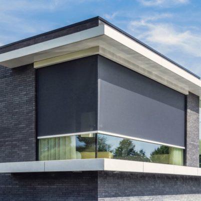 Renson NY motorisert og premium solskjerming PANOVISTA lar deg kontrollere innstrengning av sollys. Renson forhandler og importør i norge UTECOMFORT AS leverer alle typer motorisert solskjerming for pergolaer og vindu til privatboliger og kontorbygg i oslo og akershus, norge. Motorisert solskjerming er fint løsninger til hage, uterom og uteplass som montert av TREST entreprenør AS fra Asker i Nesbru. Velkommen www.utecomfort.no eller www.trest.no